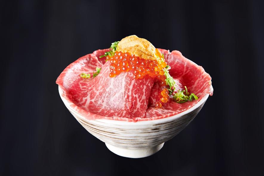2019年1月3日「吉祥寺 肉ドレス海鮮丼 本店」がオープン