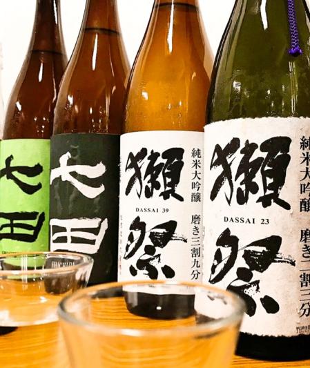 希少銘柄や夏季限定も!約100種類の日本酒も集結