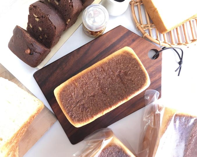 「世田谷パン研究所」とは 今年で20周年を迎えたネット通販限定パン店「ルセット」の工房内に設置した研究開発部門。