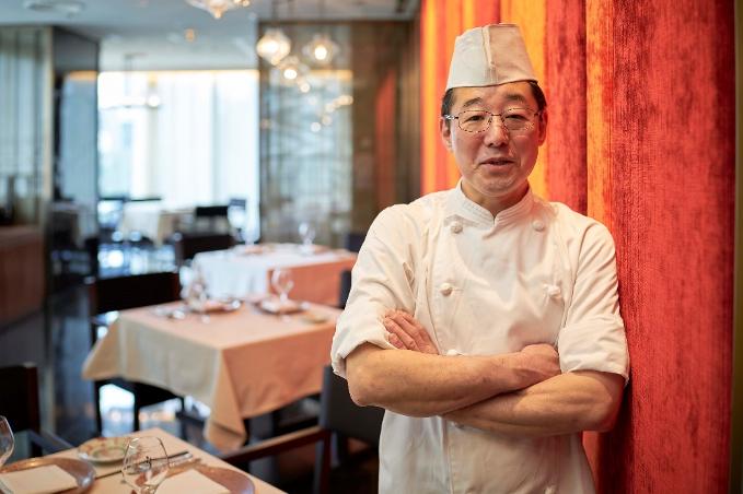 厳選した季節感溢れる食材を使用しながら、オーナーシェフが伝統的な中国料理の技法で、最上級の料理を提供していく。