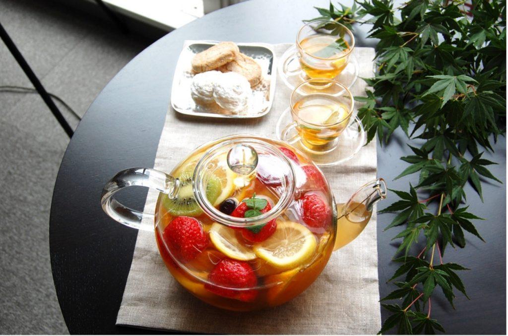 日本橋限定 聞き茶体験メニュー さらに、本格中国茶体験もスタッフの説明を聞きながら楽しむこともおすすめです。